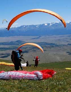 Paragliding In Uzbekistan