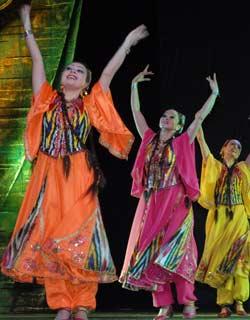 Uzbekistan Dancing Tour