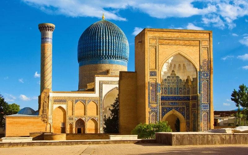History & Uzbekistan Group Tour
