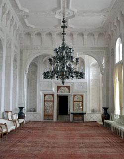 Sitorai-Mohi Hosa Palace